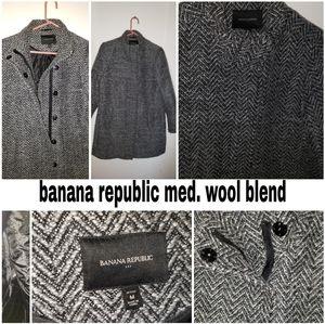 Med banana republic wool blend coat